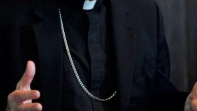 Photo of IL COMMENTO Abbiamo due papi, ma trasformiamo in mostro un sacerdote