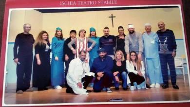 """Photo of Al polifunzionale di Ischia """"commedie"""" dentro e fuori  dal teatro. Si tenta di """"silurare"""" Boffelli e Di Manso rilancia il Teatro Stabile"""