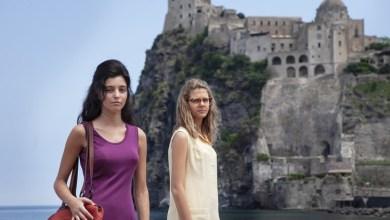 Photo of Lila e Lenù, tra baci e tradimenti l'addio all'isola della passione