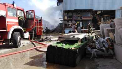 Photo of Panza, fiamme nel deposito Solmonese: a domarle i vigili del fuoco