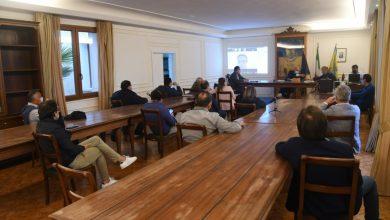 Photo of Consiglio burrascoso a Ischia, che scontro tra Enzo Ferrandino e Gianluca Trani