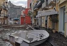 Photo of Mareggiata, a Ischia, al via la conta dei danni per la calamità