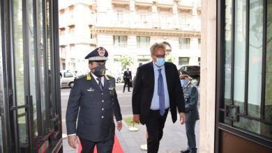 Photo of Il Prefetto di Napoli visita il comando provinciale della GdF