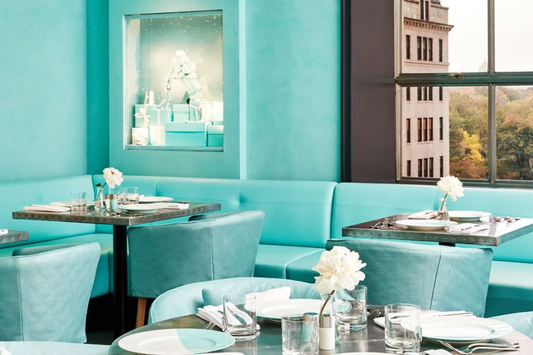 colazione da tiffany al bule box cafe new york