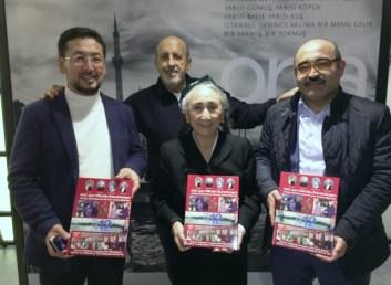 C:\Users\Ilhan\Desktop\Rabia Kader\Rabia Kader, Seyit Tumturk (solda), Sadik Seley (sagda) ve ilhan karacay (arkada).jpg