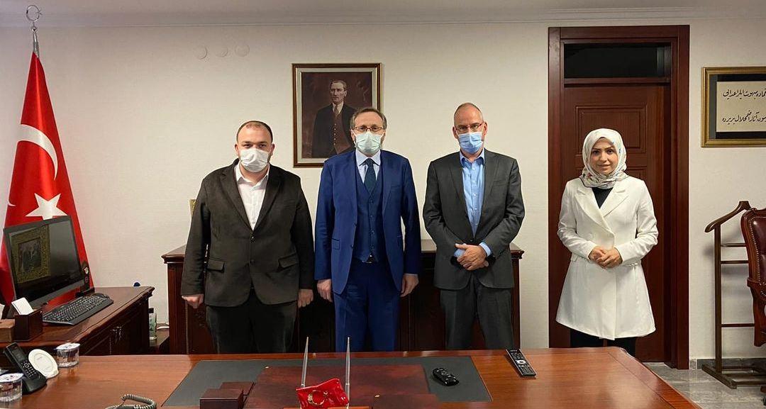 C:\Users\ILHAN\Desktop\ISLENECEK HABERLER\van Doorn-Diyanet Baskan Yarıdmcısı Dr.Selim Argun'u ziyaret.jpg