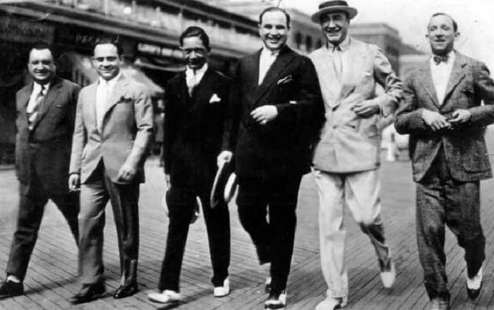 Al Capone ve Gangster Arkadaşları
