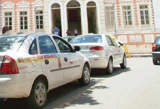 Prefeitura de Ilhéus convoca motoristas de transporte escolar, turismo e taxistas para renovação de permissão 7