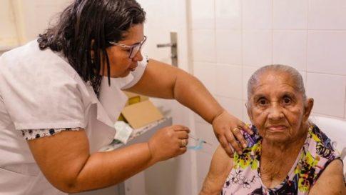 Ministério da Saúde faz alerta para vacinação em período de férias 1