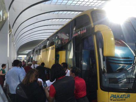 Voo com destino para Ilhéus tem problema técnico e passageiros são orientados a encerrar o destino de ônibus 4