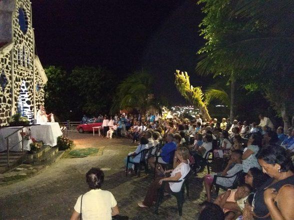 ILHÉUS: Procissão e Missa encerraram os festejos de Nossa Senhora de Lourdes e 70 anos de fundação da Capela no Outeiro de São Sebastião 1