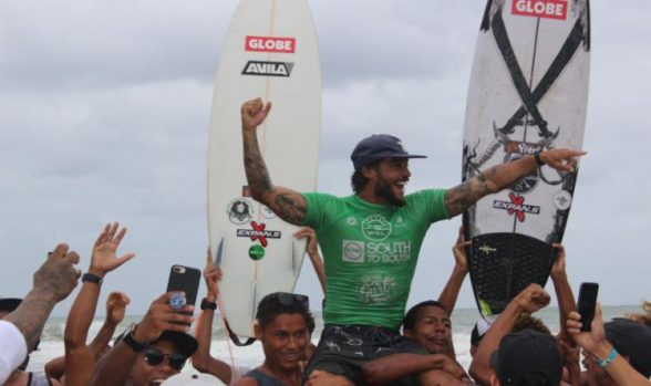 Ilheense participa da qualificação para o Mundial de Surf em Noronha 7