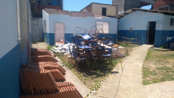ILHÉUS: COMUNIDADE RECLAMA DE ABANDONO DA ESCOLA MUNICIPAL DO IGUAPE 4