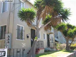 Berkeley 8 Unit Apartment [Sold November 13, 2009]