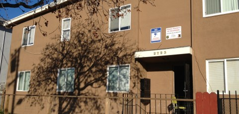 8 Unit Apartment [Sold May 17, 2013]