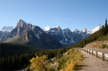 Road to Moraine Lake - Banff National Park