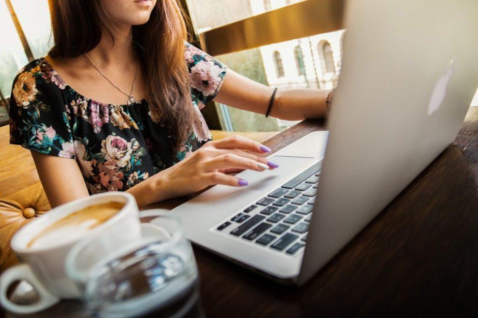 Fare SEO a Biella richiede ingenti quantità di caffeina