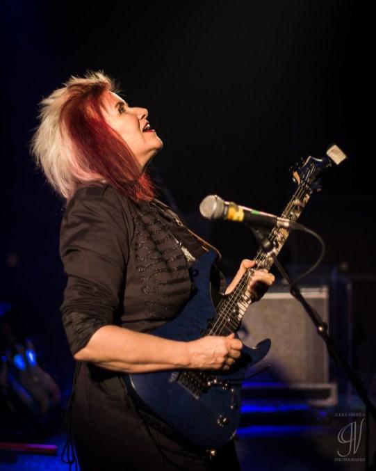 Monstress of Guitar: Jennifer Batten