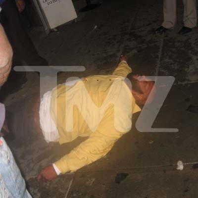 Suge Knight gets knocked out