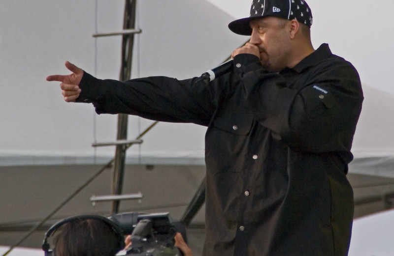 B-Real ft. Young B – Laugh