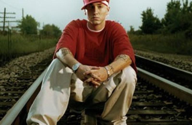 Eminem – Speaks On TRL