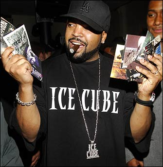 Ice Cube – She Couldn't Make It On Her Own (Music Video)