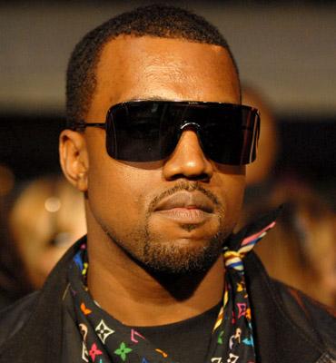 Kanye West – Champion