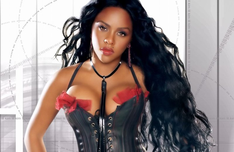 Lil Kim ft. Charlie Wilson & T-Pain – Download