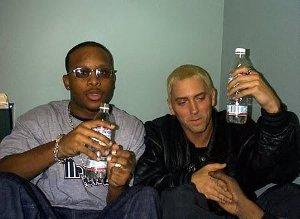 Eminem & Royce Da 5'9 – Echo