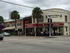 Shops along the Las Olas strip, Ft. Lauderdale