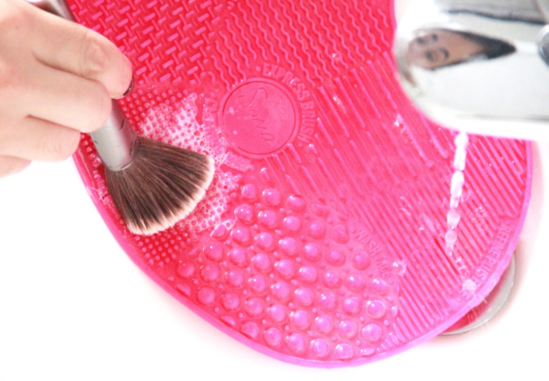 sigma brush cleaning mat
