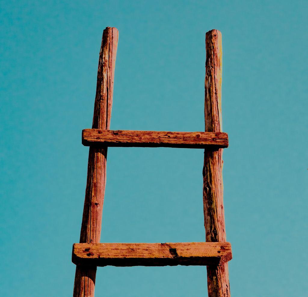 ¡Ascendiendo Escaleras! Buscando la Cumbre del Espirítu y del Corazón