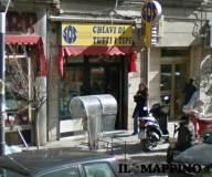 Apre il negozio di Rocco Siffredi al Corso Novara a Napoli, e già c'è il tutto esaurito.