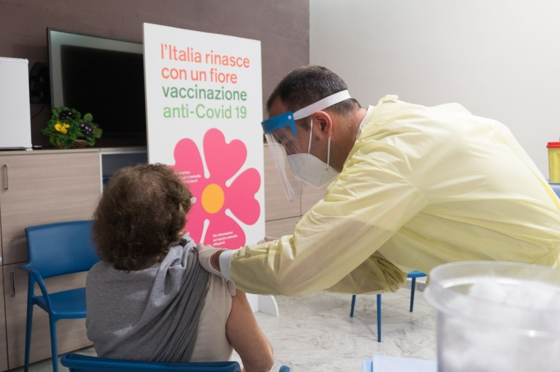 Vaccini anti Covid isole minori
