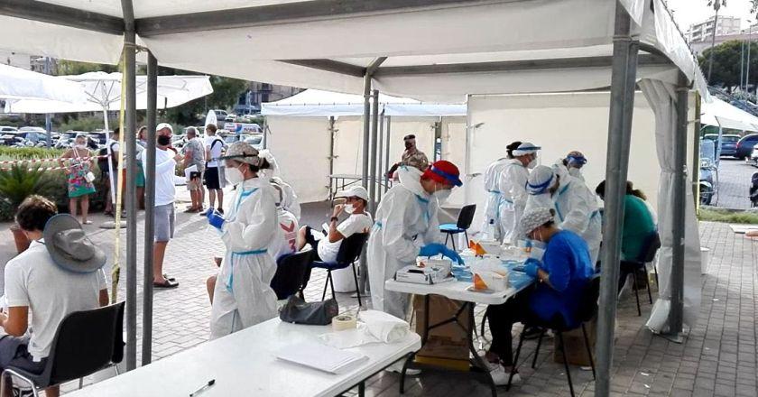 Covid, in Sicilia 424 nuovi casi e 13 morti: regione seconda per contagi