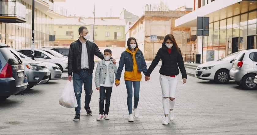Covid, Sicilia in zona gialla altri 15 giorni ma l'avanzata del virus rallenta