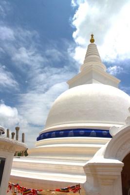 Sri Lanka - Thuparama Dagoba