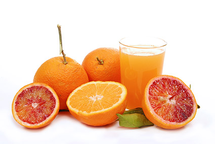 Citrus fruits and melanoma risk