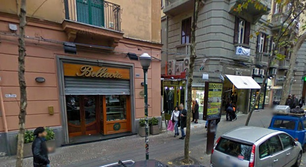 Napoli, chiude la storica pasticceria Bellavia: