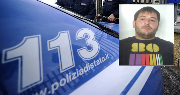 Napoli, rapina orologio da 13mila euro dal polso di un turista. Arrestato