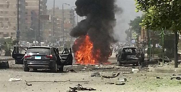 Egitto, Uomini armati assaltano bus di cristiani: oltre 20 morti