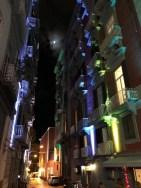 A Napoli si accendono le luci sui giovani 3
