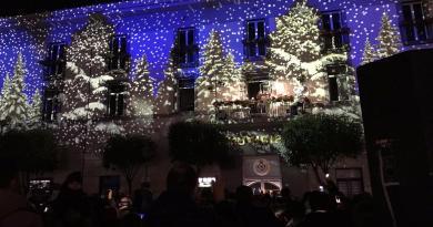 Pomigliano d'Arco accende le luminarie di Natale