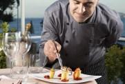 Riapre domani il Punta Molino, il Grand Hotel del jet set internazionale e della dolcevita ischitana 9