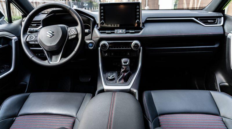 Across Plug-in: il TOP della Tecnologia Suzuki