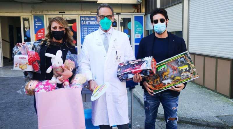 """Giochi e dolciumi per i bambini del Santobono Pausilipon dall'associazione """"Tra Cielo e Mare"""""""