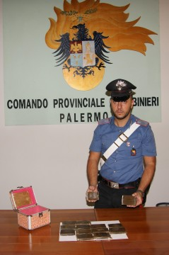 carabinieri sequestro hashish