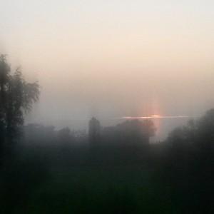 A piedi nudi nella nebbia