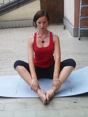 Esercizio 2 rotazioni busto e gambe 1