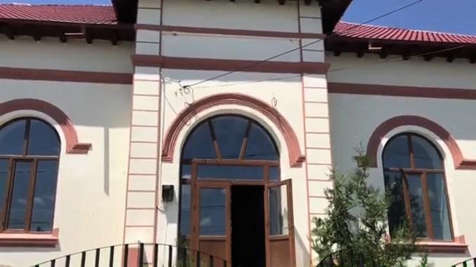 """Lucrările pentru modernizarea Școlii Gimnaziale """"Mihai Viteazul"""" din Fetești, în plină desfășurare"""
